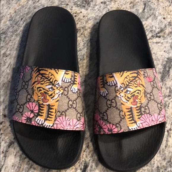 803e50db0c5 Gucci Shoes - Gucci GG Supreme Tiger Slide Sandal